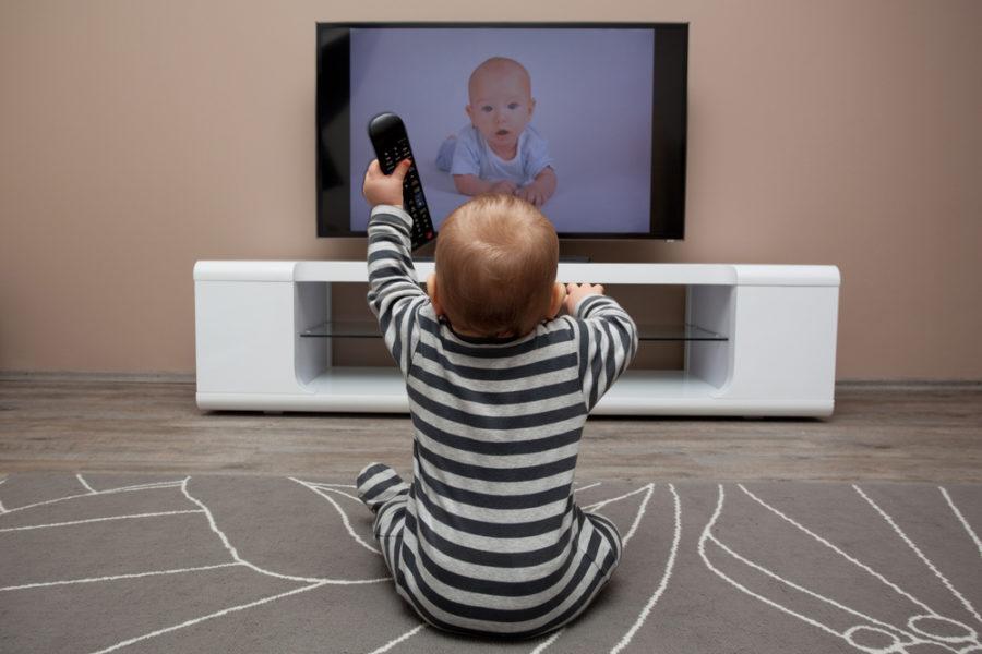 Какие мультфильмы можно детям: советы психологов